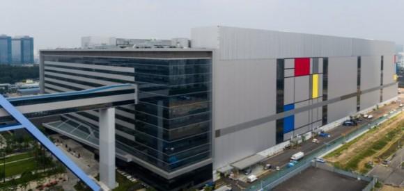 Samsung начала массовое производство по 10-нм техпроцессу FinFET второго поколения