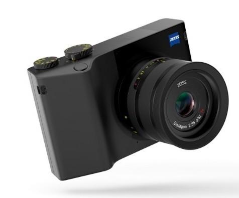 Немцы выпустили первую полнокадровую камеру со встроенным «Фотошопом»