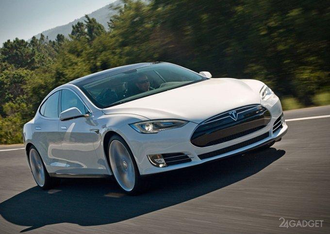 Электромобили Tesla получили обновленное ПО с доступом к Spotify, Netflix, YouTube и караоке