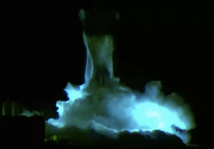 На видео попал взрыв прототипа космического корабля Илона Маска