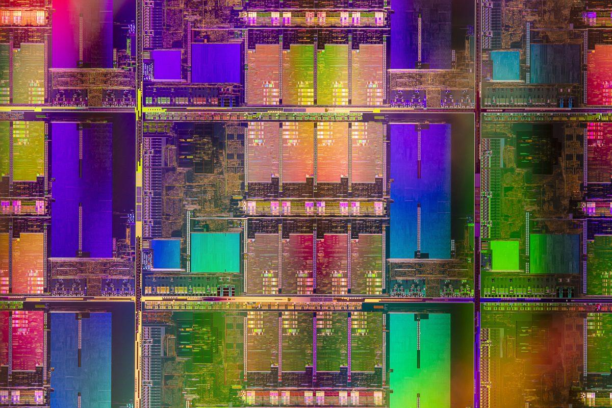 Intel представила процессоры для игровых ноутбуков 2021 года