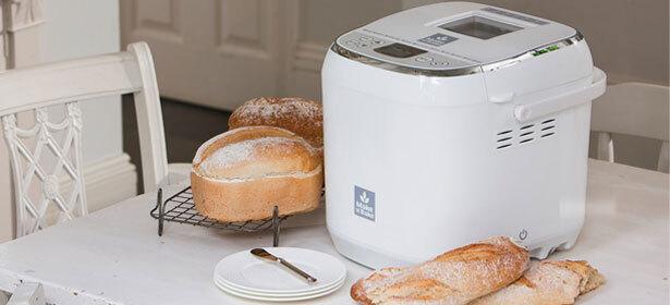 Эксперт опроверг пять популярных мифов о приготовлении домашнего хлеба в хлебопечке