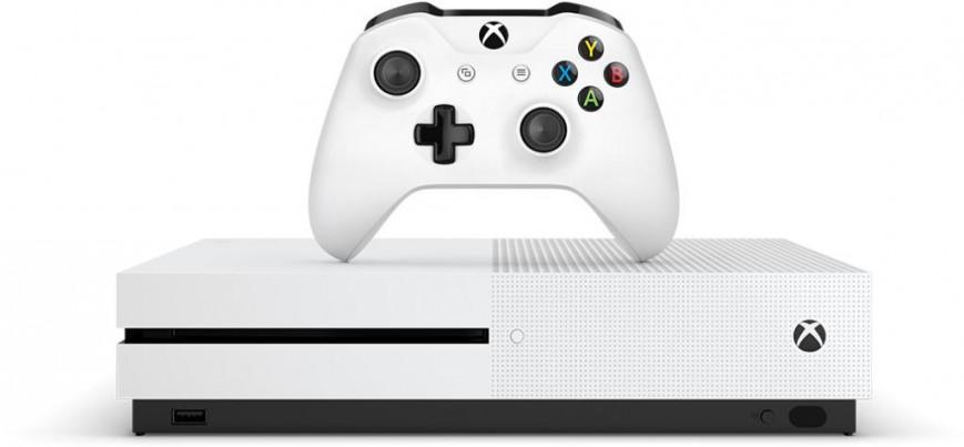 Игровая приставка Xbox One S  поступила в продажу в России