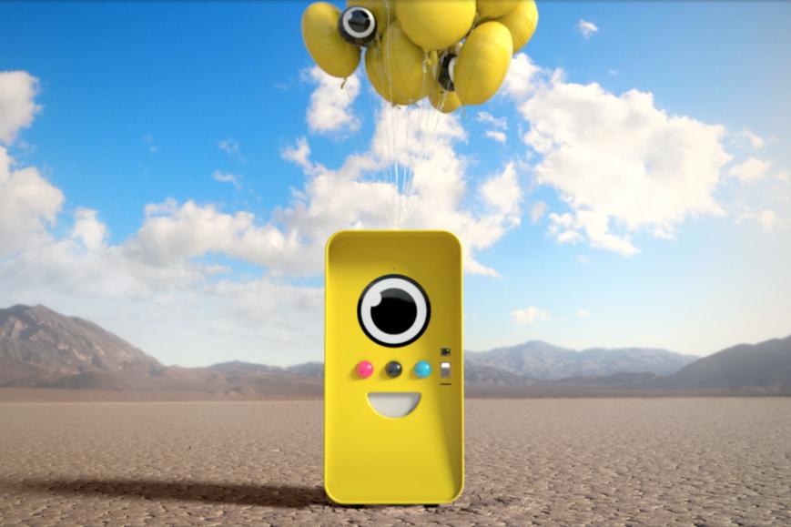 Очки Spectacles от Snapchat начали продаваться через специальные автоматы