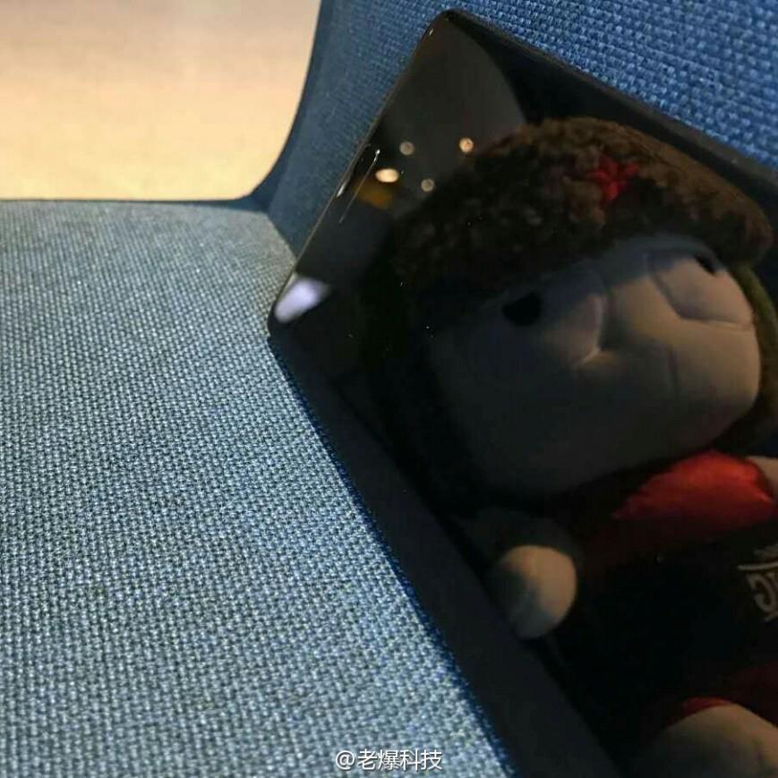 Xiaomi Mi Mix Nano дебютирует в начале декабря