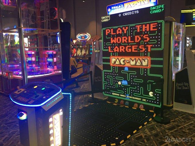 Самый большой игровой автомат для Pac-Man (4 фото + видео)
