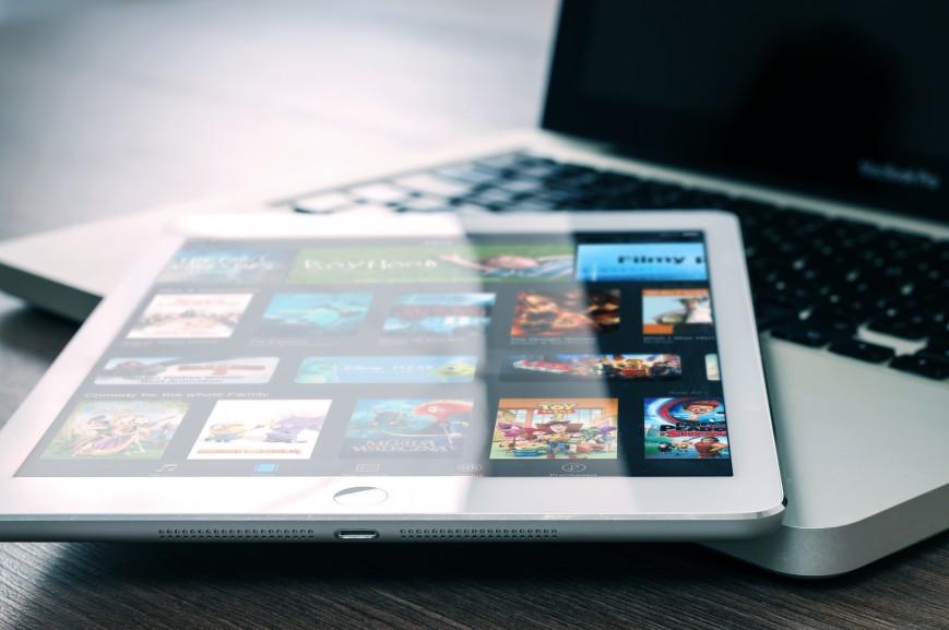 Продажи планшетов в России сократились на треть