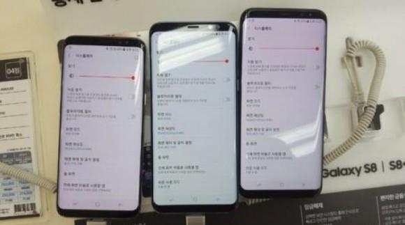 Samsung назвала розовые экраны Galaxy S8 нормой