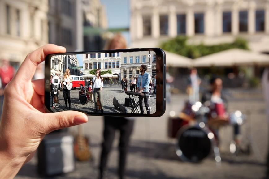 Мини-версия LG G6 выходит в продажу