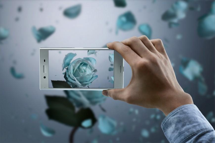Sony Xperia XZ Premium начал обновляться до Android 8.0 Oreo