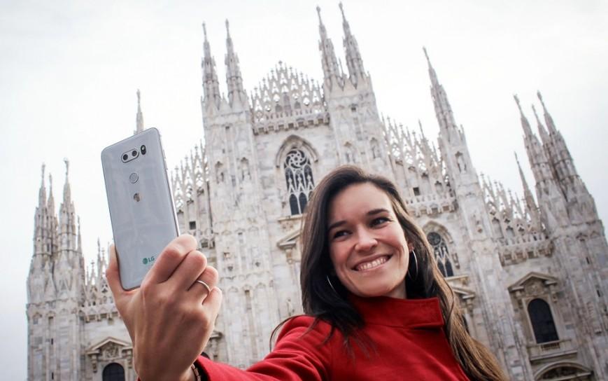 Флагманский смартфон LG V30 вышел в Европе