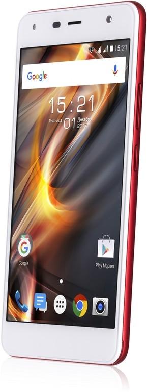 Смартфон Fly Memory Plus оценен дешевле 6 тысяч рублей