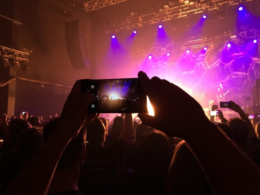 В России предлагают отключать «серые» смартфоны