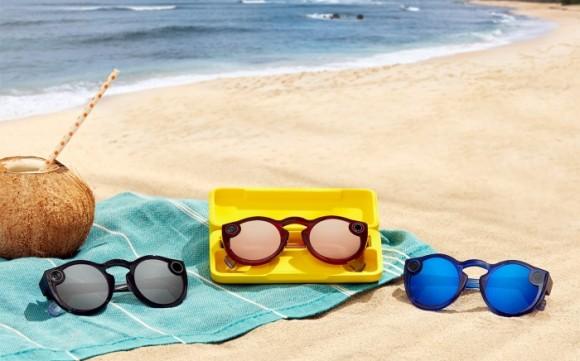 Snapchat представила новые очки Spectacles со встроенной камерой