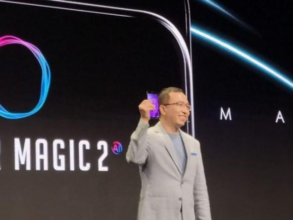 Huawei показала смартфон  Honor Magic 2 с выдвижной камерой