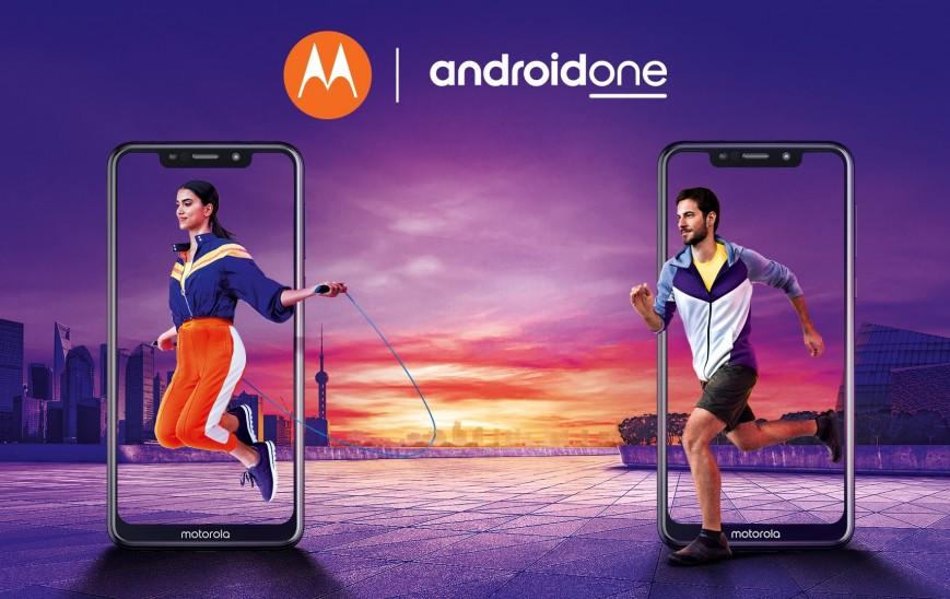 Motorola выпускает клонов iPhone на чистом Android
