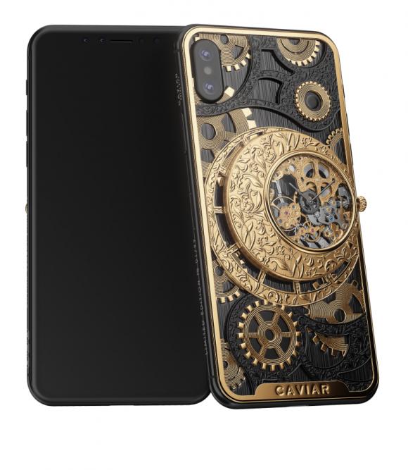 В России создали iPhone XS с механическими часами-скелетонами