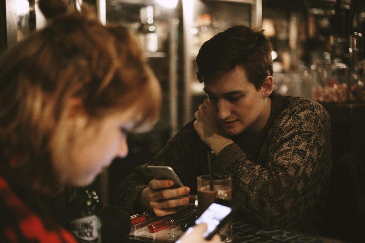 Россиян обложат налогом на мобильные
