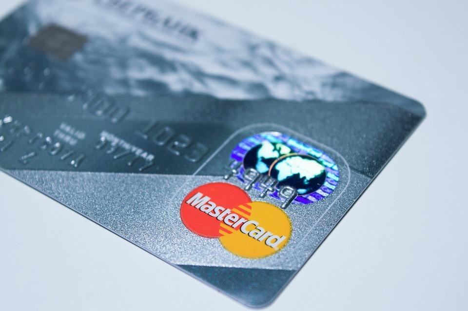 MasterCard запретит автоматическое списание денег сервисами