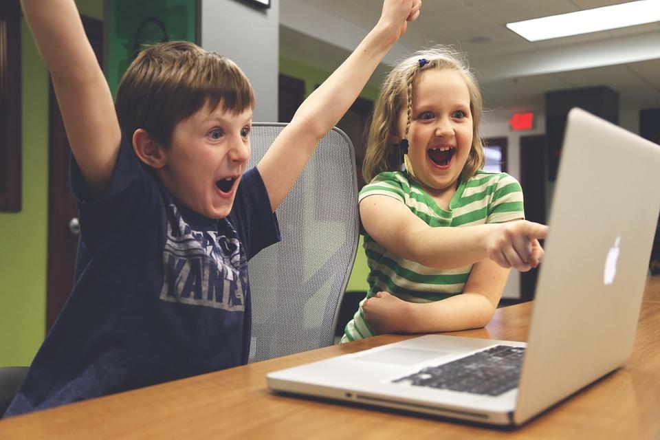 Цифра дня: Насколько вырос спрос на игровые ноутбуки в России за год?