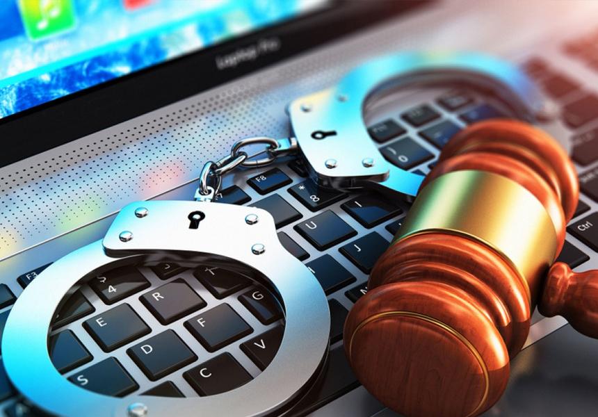Осуждённых за критику власти в интернете не берут на работу