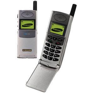 Почему прочных и выносливых телефонов в 2000-х было много, а культовой стала только Nokia 3310