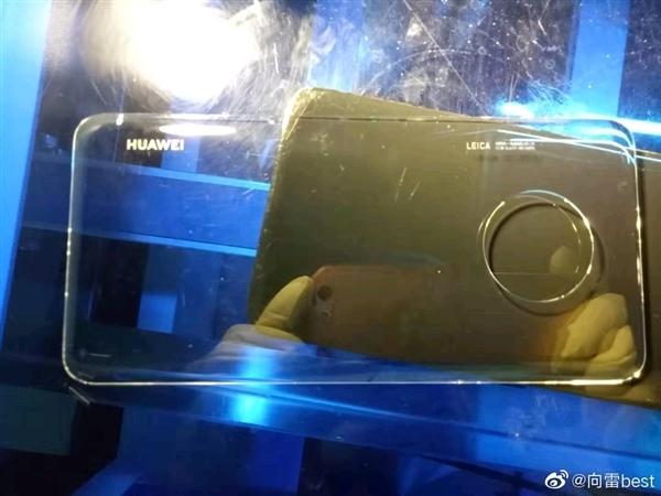 Осенний суперфлагман Huawei с круглой четверной камерой рассекречен
