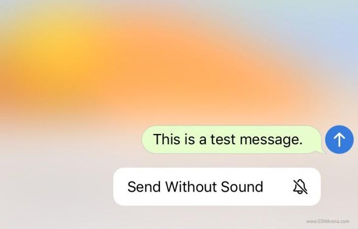 """В Telegram добавили """"беззвучные"""" сообщения и анимированные эмодзи"""