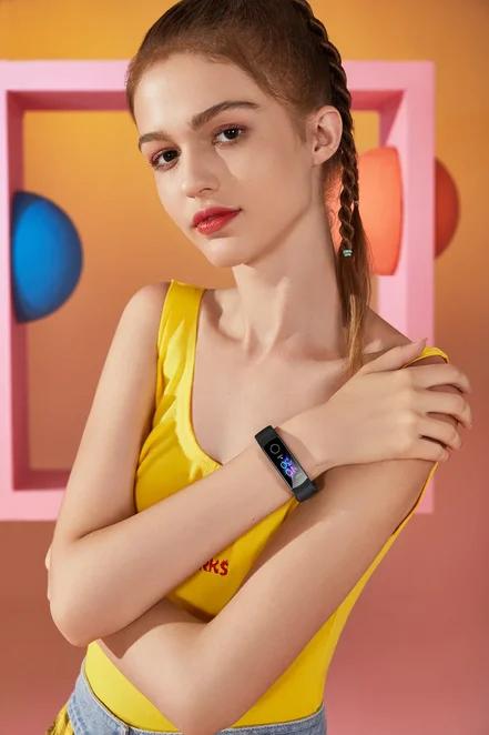 Huawei выпустила для России ухудшенную версию нового фитнес-браслета