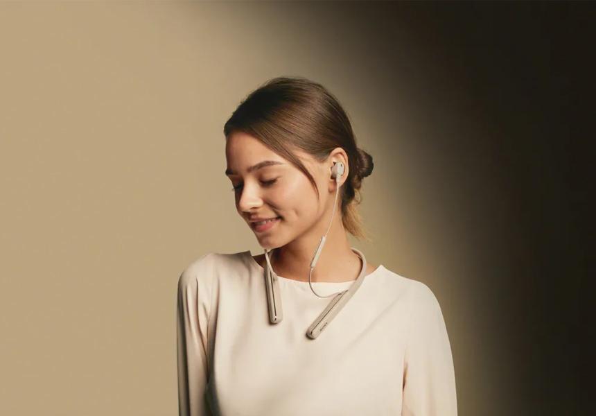 Sony показала наушники с отличным шумоподавлением и необычным внешним видом