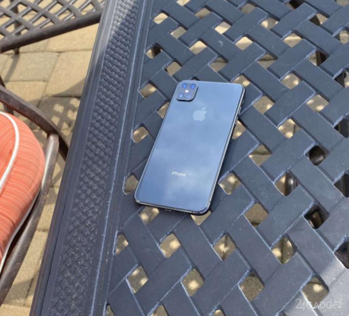 Представлены реальные фото iPhone 12 (2 фото)