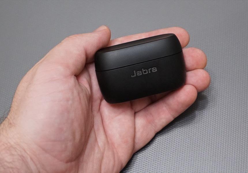 Компактные Bluetooth-наушники слишком быстро разряжаются? Эти можно не заряжать весь день