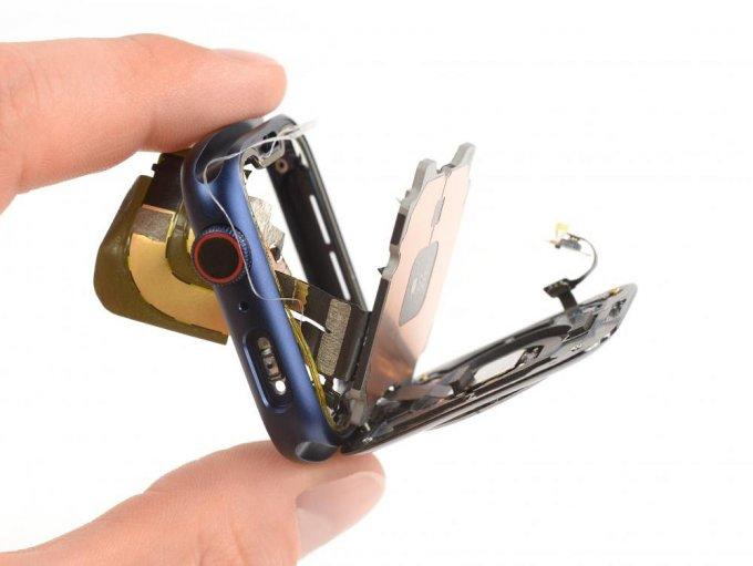 Эксперты iFixit заглянули внутрь Apple Watch Series 6