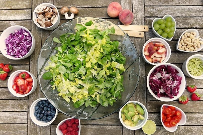 Диетолог дал восемь советов о том, как похудеть без усилий
