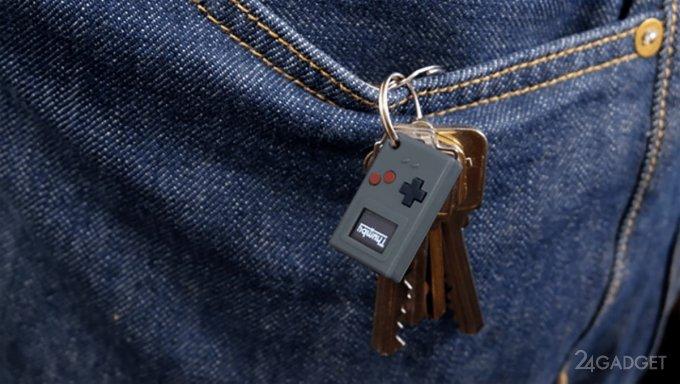Крошечный игровой брелок Thumby за 19$ (3 фото + 2 видео)
