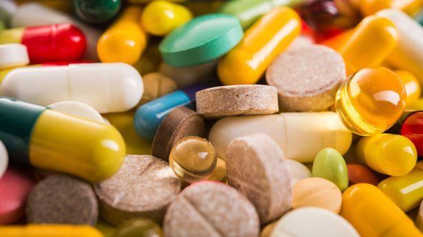 Специалисты предупредили об опасности витаминов для здоровья