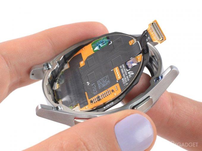 iFixit оценили ремонтопригодность Samsung Galaxy Watch 4 в 7 баллов из 10 (6 фото)